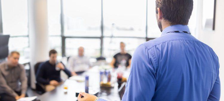 Développer les compétences des équipes de travail grâce à une politique RH adaptée