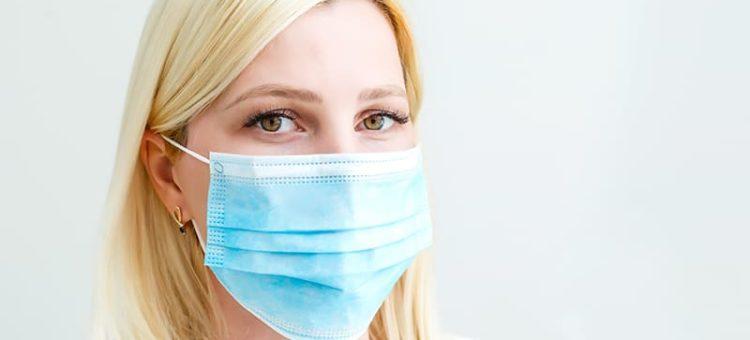 Les masques chirurgicaux à usage unique sont en fait réutilisables